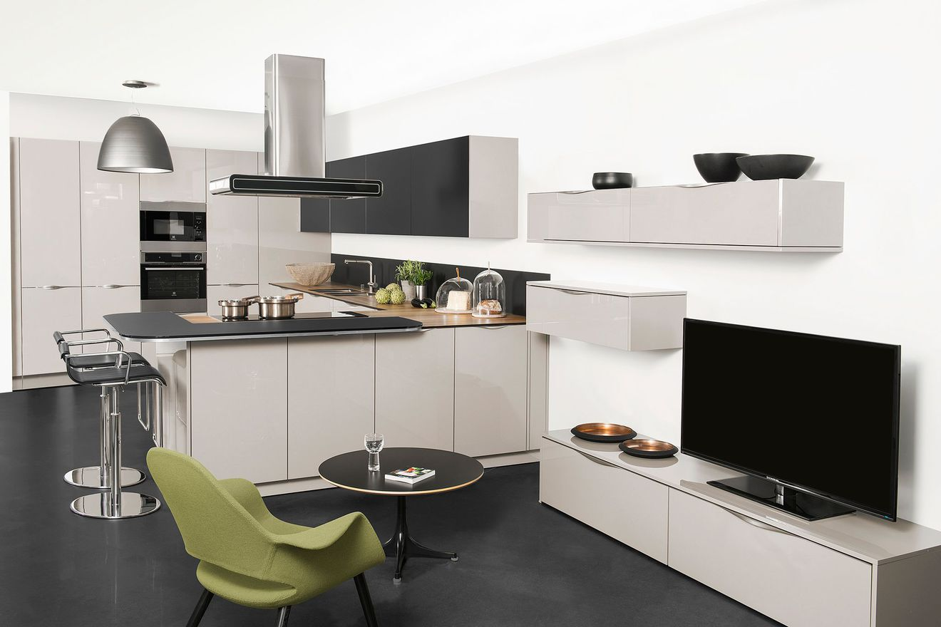 modele de cuisine americaine la cuisine with modele de cuisine americaine la cuisine en u avec. Black Bedroom Furniture Sets. Home Design Ideas