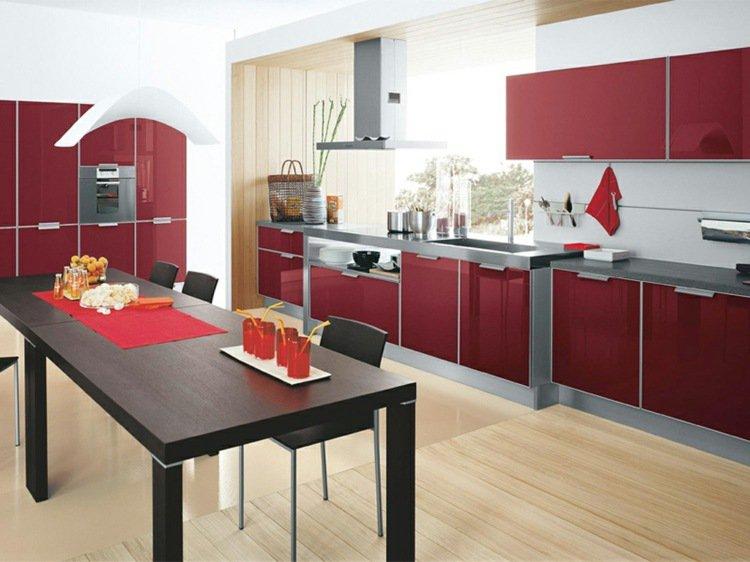 superbe cuisine rouge